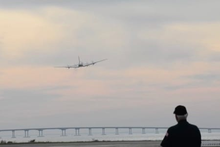 The Candy Bomber returns to Dare County Regional Airport