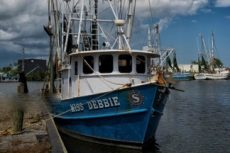 Coast Guard suspends search for missing shrimp boat crew
