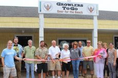 Growlers To Go now open in Duck shopping center