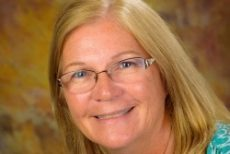 OBX Chamber names Susan Crow events, communications director